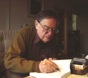 Donald Keene at his Tokyo home in October 2002. Picture by Aurelio Asiain. Taken from Wikipedia under a Creative Commons Attribution-Share Alike 2.0 Generic license.